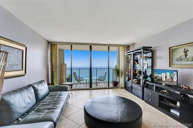 Quadomain for Sale - 2101 S Ocean Dr, Unit 2202, Hollywood 33019, photo 6 of 37
