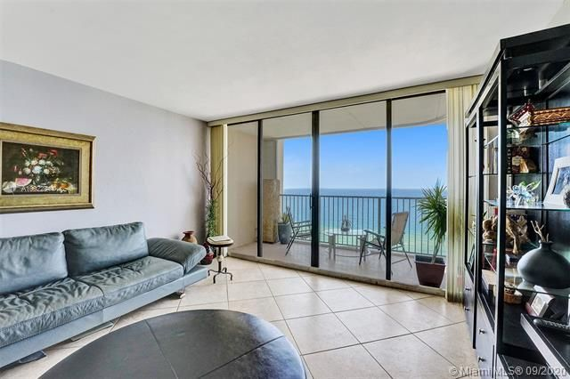Quadomain for Sale - 2101 S Ocean Dr, Unit 2202, Hollywood 33019, photo 8 of 37