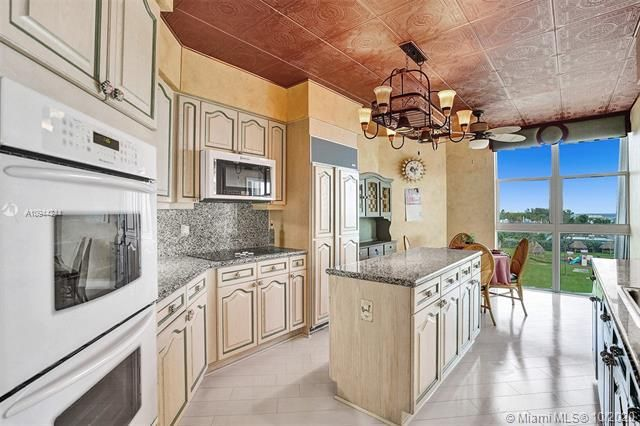 Renaissance On The Ocean for Sale - 6051 N Ocean Dr, Unit 505, Hollywood 33019, photo 18 of 62
