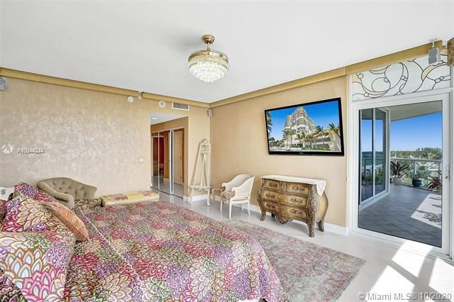 Renaissance On The Ocean for Sale - 6051 N Ocean Dr, Unit 505, Hollywood 33019, photo 31 of 62
