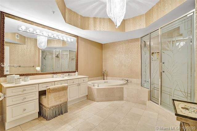 Renaissance On The Ocean for Sale - 6051 N Ocean Dr, Unit 505, Hollywood 33019, photo 32 of 62