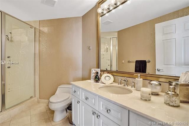 Renaissance On The Ocean for Sale - 6051 N Ocean Dr, Unit 505, Hollywood 33019, photo 34 of 62