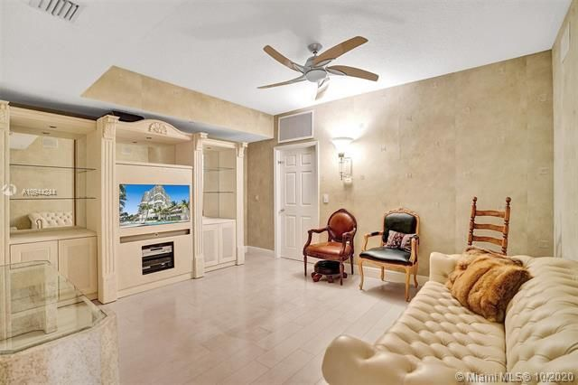 Renaissance On The Ocean for Sale - 6051 N Ocean Dr, Unit 505, Hollywood 33019, photo 35 of 62