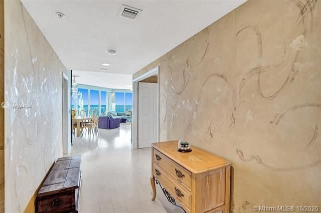 Renaissance On The Ocean for Sale - 6051 N Ocean Dr, Unit 505, Hollywood 33019, photo 6 of 62