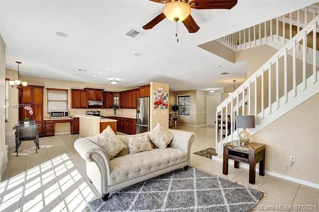 Riviera Isles for Sale - 16844 SW 49th Ct, Miramar 33027, photo 17 of 64