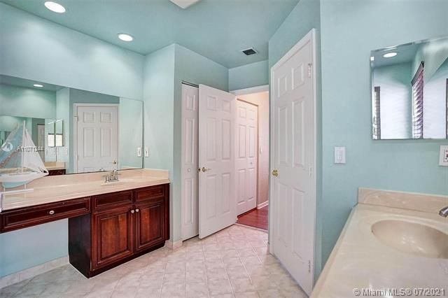 Riviera Isles for Sale - 16844 SW 49th Ct, Miramar 33027, photo 28 of 64