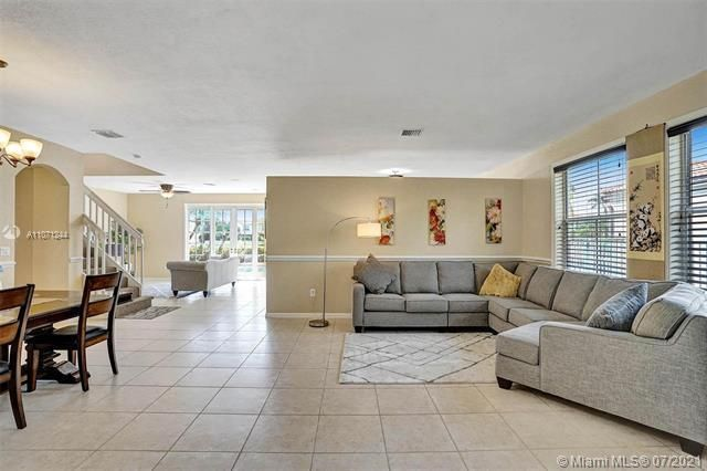 Riviera Isles for Sale - 16844 SW 49th Ct, Miramar 33027, photo 5 of 64