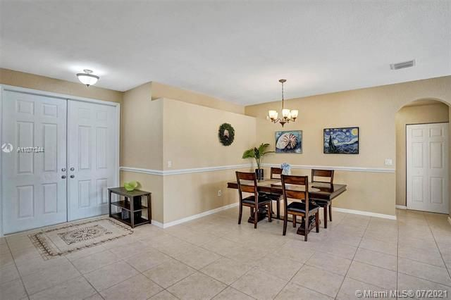 Riviera Isles for Sale - 16844 SW 49th Ct, Miramar 33027, photo 7 of 64