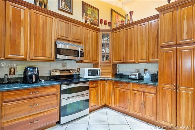 Melaleuca Acres for Sale - 16951 SW 63rd Mnr, Southwest Ranches 33331, photo 14 of 56