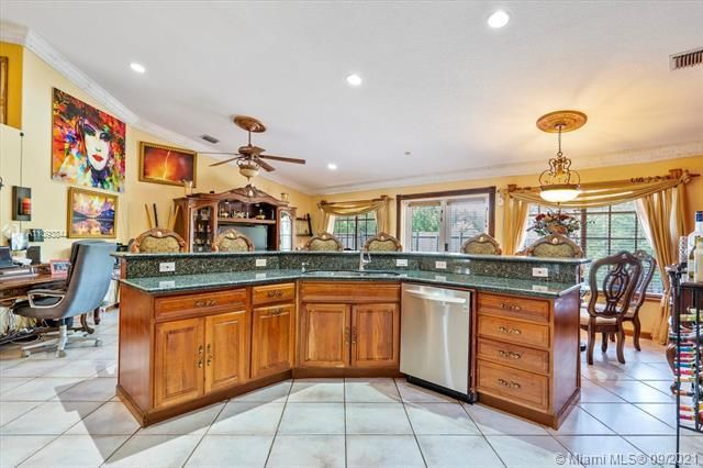 Melaleuca Acres for Sale - 16951 SW 63rd Mnr, Southwest Ranches 33331, photo 16 of 56