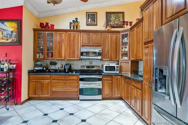 Melaleuca Acres for Sale - 16951 SW 63rd Mnr, Southwest Ranches 33331, photo 17 of 56