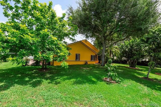 Melaleuca Acres for Sale - 16951 SW 63rd Mnr, Southwest Ranches 33331, photo 46 of 56