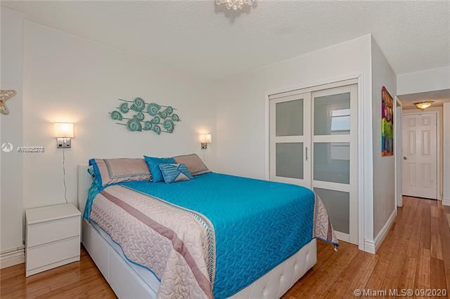 Sea Air Towers for Sale - 3725 S Ocean Dr, Unit 1219, Hollywood 33019, photo 19 of 31