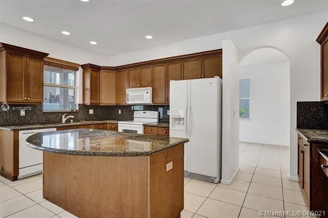 Riviera Isles for Sale - 5255 SW 159th Ave, Miramar 33027, photo 28 of 79
