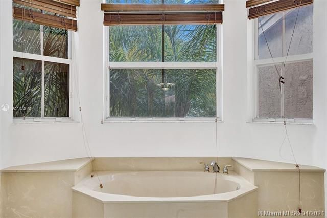 Riviera Isles for Sale - 5255 SW 159th Ave, Miramar 33027, photo 40 of 79