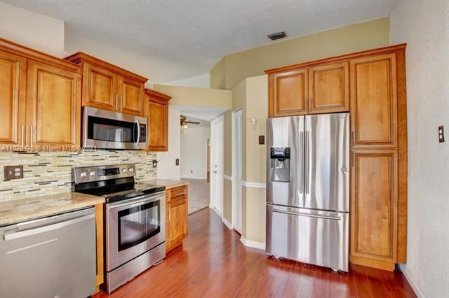 Winston Park for Sale - 5371 NW 41st, Coconut Creek 33073, photo 16 of 31