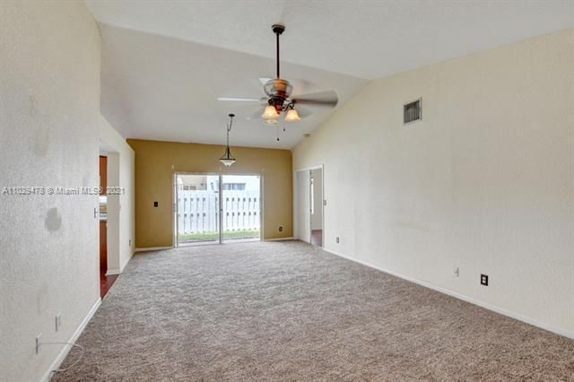 Winston Park for Sale - 5371 NW 41st, Coconut Creek 33073, photo 4 of 31