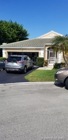 Winston Park Sec 1 for Sale - 5544 NW 54th Cir, Coconut Creek 33073, photo 1 of 25