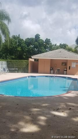 Winston Park Sec 1 for Sale - 5544 NW 54th Cir, Coconut Creek 33073, photo 17 of 25