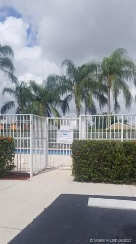 Winston Park Sec 1 for Sale - 5544 NW 54th Cir, Coconut Creek 33073, photo 18 of 25