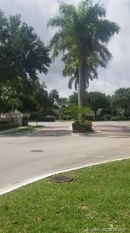 Winston Park Sec 1 for Sale - 5544 NW 54th Cir, Coconut Creek 33073, photo 22 of 25