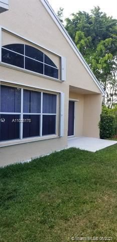 Winston Park Sec 1 for Sale - 5544 NW 54th Cir, Coconut Creek 33073, photo 7 of 25