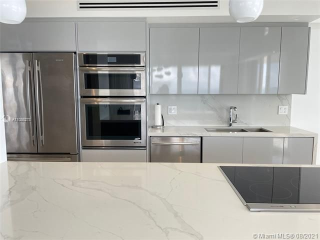 Sands Pointe for Sale - 16711 Collins Ave, Unit 1107, Sunny Isles 33160, photo 11 of 22