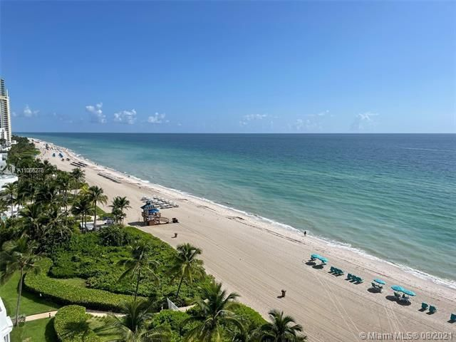 Sands Pointe for Sale - 16711 Collins Ave, Unit 1107, Sunny Isles 33160, photo 3 of 22