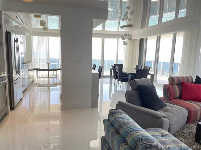 Sands Pointe for Sale - 16711 Collins Ave, Unit 1107, Sunny Isles 33160, photo 8 of 22