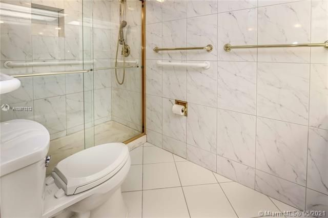 Summit for Sale - 1201 S Ocean Dr, Unit 2505S, Hollywood 33019, photo 19 of 40