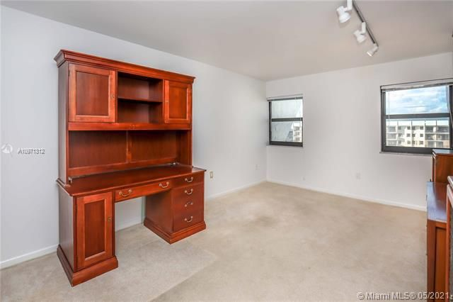 Summit for Sale - 1201 S Ocean Dr, Unit 2505S, Hollywood 33019, photo 20 of 40