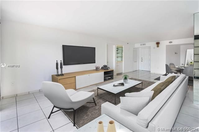 Summit for Sale - 1201 S Ocean Dr, Unit 2505S, Hollywood 33019, photo 6 of 40
