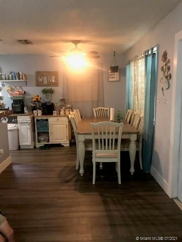 George M Phippens for Sale - 18 SW 7th Ave, Dania 33004, photo 7 of 17