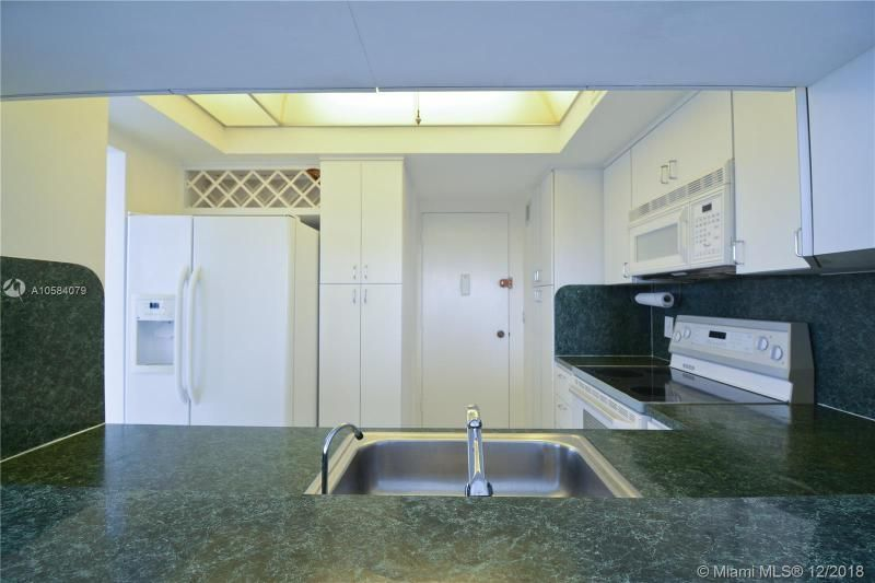 Alexander Towers for Sale - 3505 S Ocean Dr, Unit 1512, Hollywood 33019, photo 2 of 15