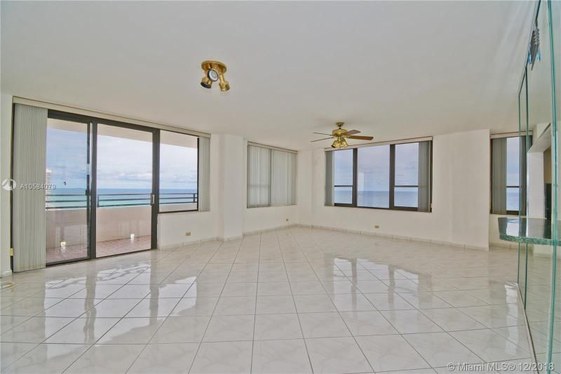 Alexander Towers for Sale - 3505 S Ocean Dr, Unit 1512, Hollywood 33019, photo 4 of 15