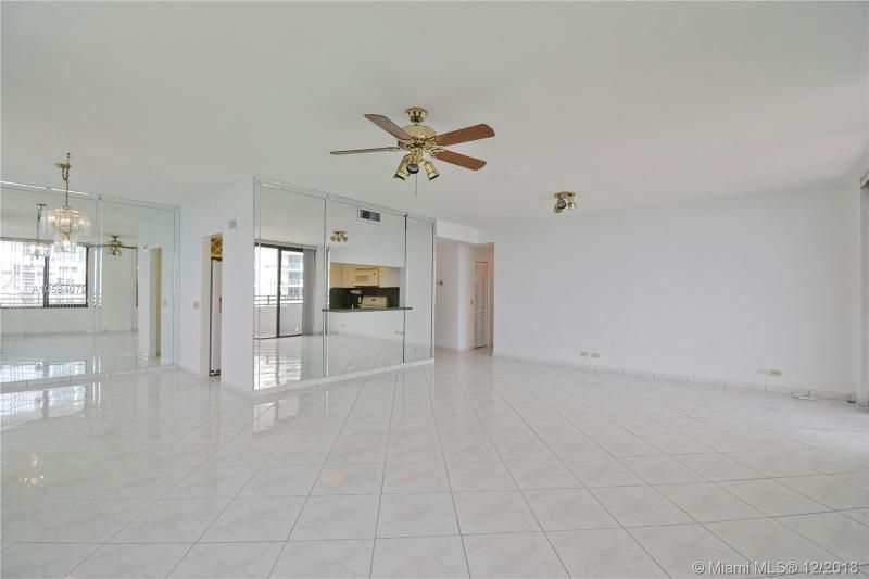 Alexander Towers for Sale - 3505 S Ocean Dr, Unit 1512, Hollywood 33019, photo 5 of 15