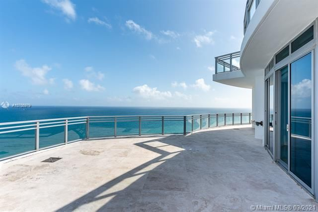 Diplomat Oceanfront Residences for Sale - 3535 S Ocean Dr, Unit 2703, Hollywood 33019, photo 2 of 34