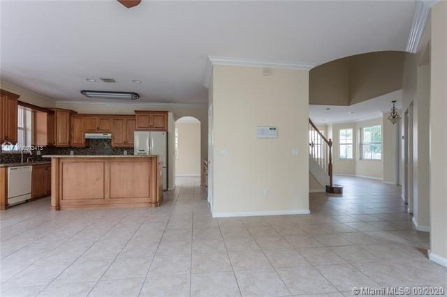 Riviera Isles for Sale - 15674 SW 53rd Ct, Miramar 33027, photo 10 of 48