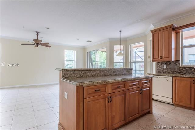 Riviera Isles for Sale - 15674 SW 53rd Ct, Miramar 33027, photo 12 of 48