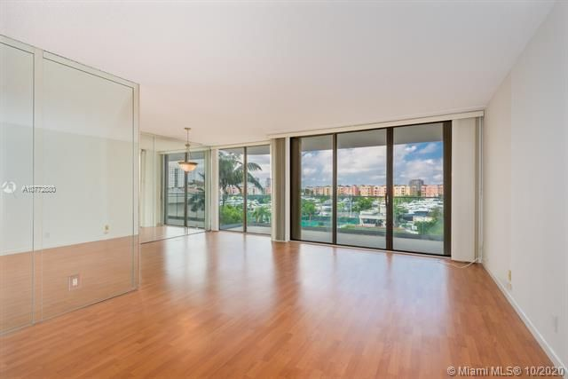 Turnberry Isle for Sale - 19707 Turnberry Way, Unit 5C, Aventura 33180, photo 1 of 8