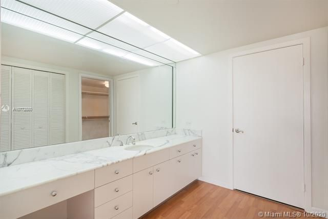 Turnberry Isle for Sale - 19707 Turnberry Way, Unit 5C, Aventura 33180, photo 8 of 8