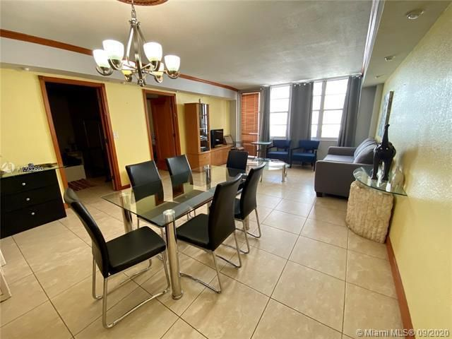 Sea Air Towers for Sale - 3725 S Ocean Dr, Unit 1107, Hollywood 33019, photo 10 of 14