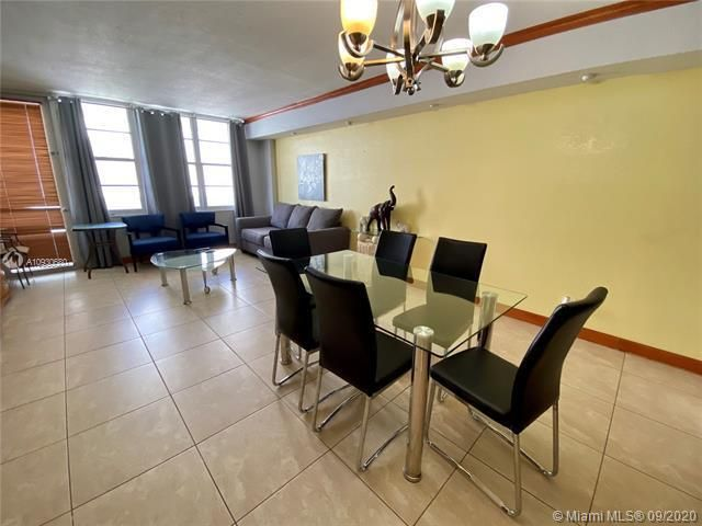 Sea Air Towers for Sale - 3725 S Ocean Dr, Unit 1107, Hollywood 33019, photo 4 of 14