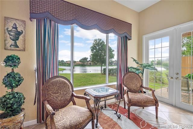 Heron Bay for Sale - 12660 NW 78th Mnr, Parkland 33076, photo 3 of 18