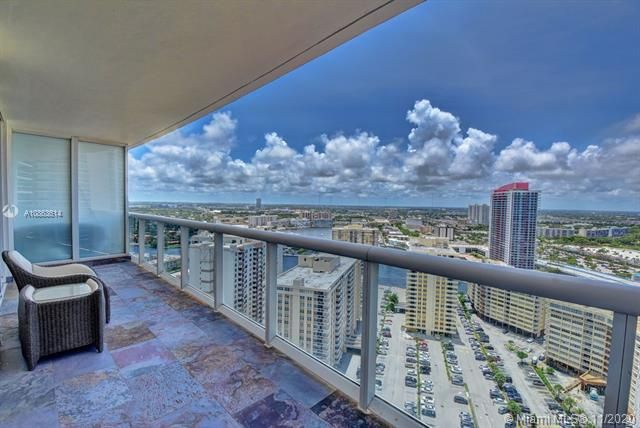 Beach Club I for Sale - 1850 S Ocean Dr, Unit 2709, Hallandale 33009, photo 6 of 47