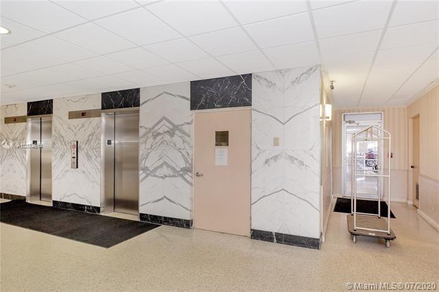 Parliament House for Sale - 405 N Ocean Blvd, Unit 427, Pompano Beach 33062, photo 31 of 33