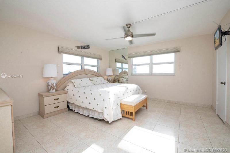 Edgewater for Sale - 400 N Surf Rd, Unit 506, Hollywood 33019, photo 12 of 22