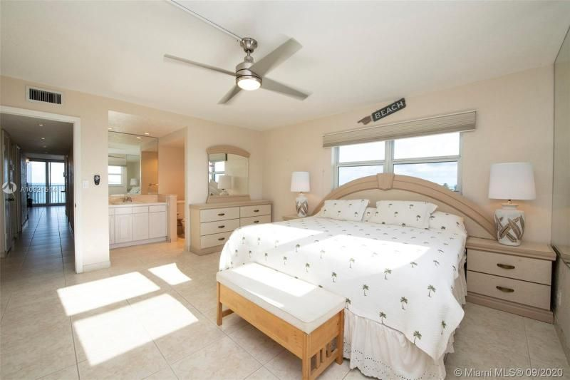Edgewater for Sale - 400 N Surf Rd, Unit 506, Hollywood 33019, photo 13 of 22