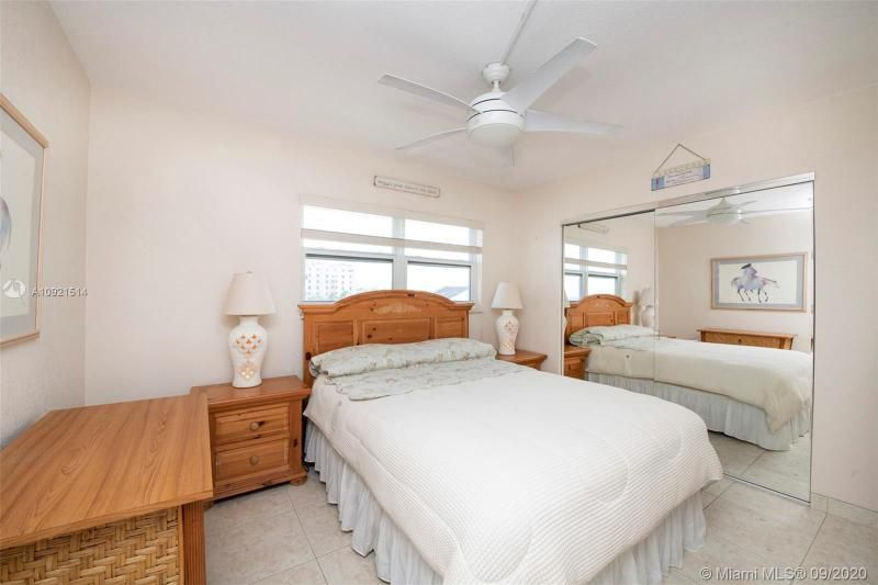 Edgewater for Sale - 400 N Surf Rd, Unit 506, Hollywood 33019, photo 15 of 22