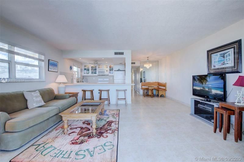 Edgewater for Sale - 400 N Surf Rd, Unit 506, Hollywood 33019, photo 2 of 22